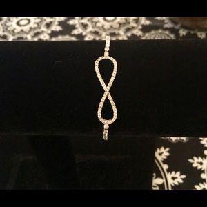 Jewelry - AWESOME Silver eternity CZ bracelet, NWOT